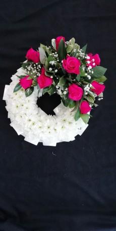 Cerise Rose Massed Wreath