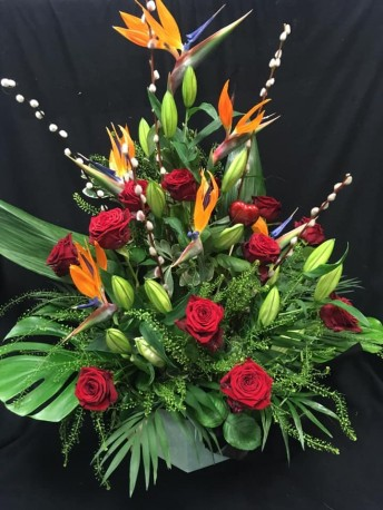 Hatbox - Roses & Birds of Paradise