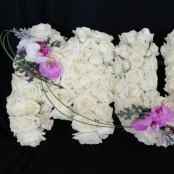 MUM - Roses & Orchid