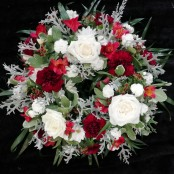 Wreath - Red & White
