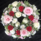 Wreath - Red & Pink
