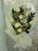 12 White Rose Bouquet